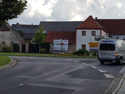 Axtheid - Kreuzung Froschau am Schloß