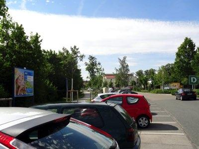 Altdorfer Str. - Am Ziegelanger Parkplatz Süd, rechts