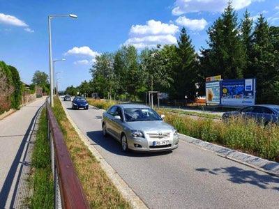 Wackersdorfer Str. 84 - Autohaus Fischl, rechte Tafel STA