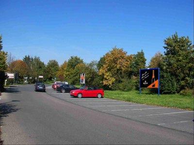 Altdorfer Str. - Am Ziegelanger Parkplatz Mitte