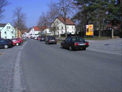 Alte Amberger Str. - vor Postamt